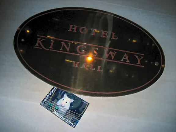 Extreme HamsterTrackin' at the Kingsway Hall Hotel, London England!